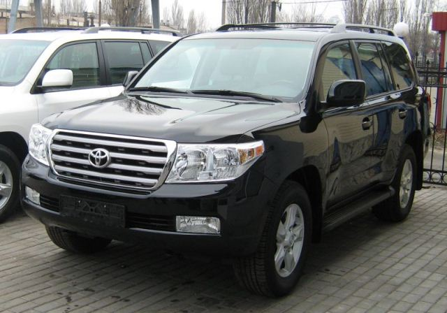 Toyota Land Cruiser4