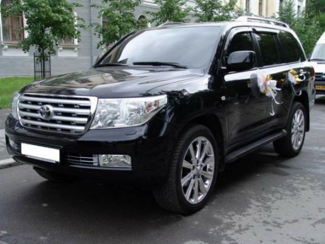 Toyota Land Cruiser2