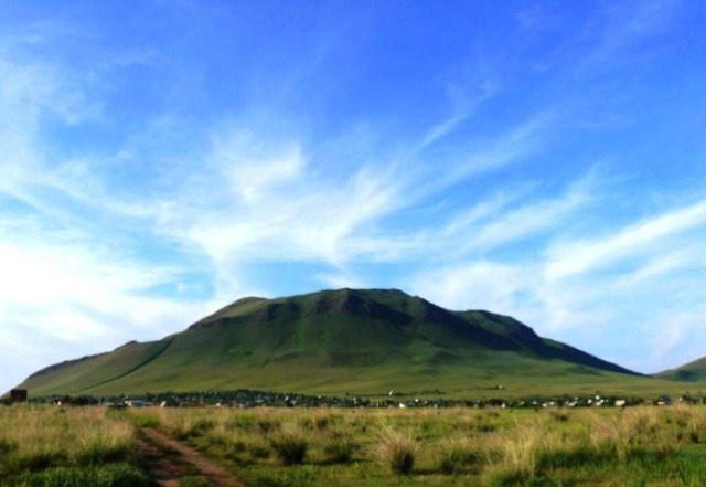 Гора Кюн Таг (Гора Куня)