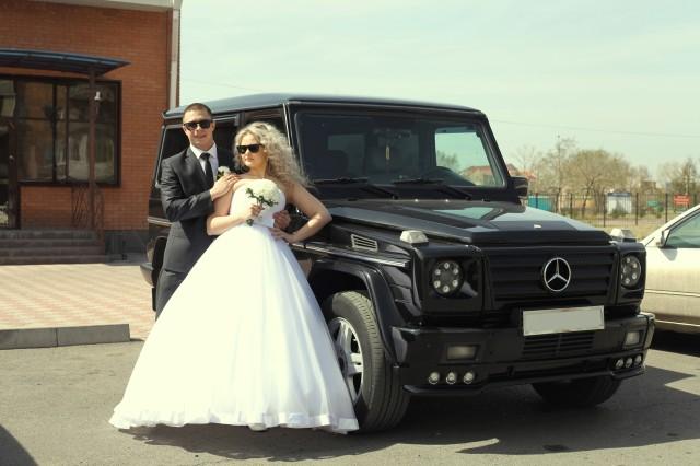 Свадьба, автомобиль Mercedes-Benz G 500